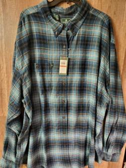 G.H. Bass & Co. Men's Flannel Green Plaid Button-Down Shirt