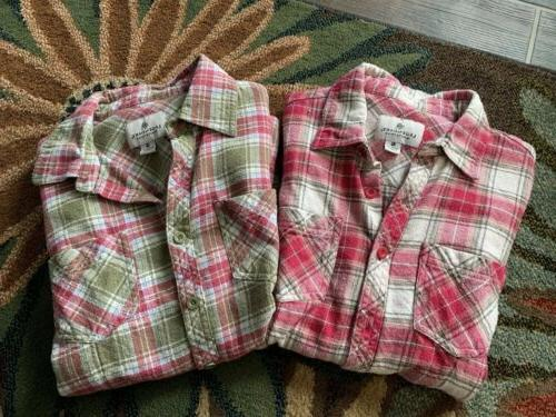 2 button flannel shirt womens small