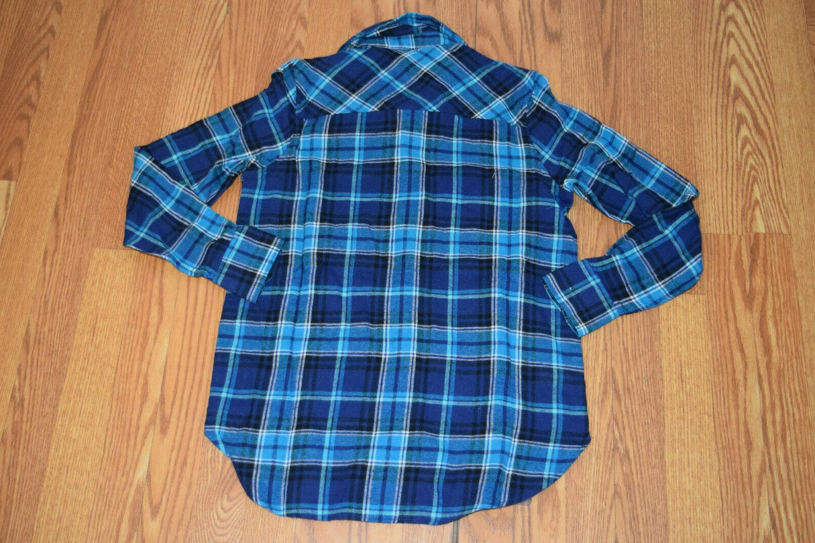 NWT Womens Blue Shirt Medium $59
