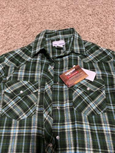 Wrangler TSC Supply Flannel Green Long Sleeve Large Snaps