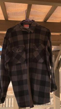 Wrangler Mens Grey/Black Plaid Long Sleeve Flannel Fleece Sh
